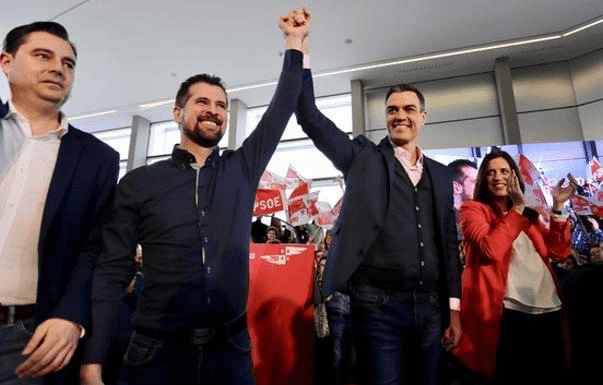 Pedro Sánchez pide la abstención o respaldo de PP y Ciudadanos a los presupuestos