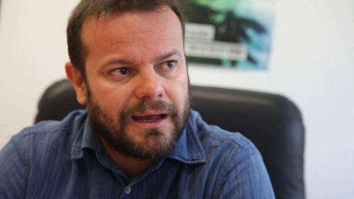 Raúl Camargo, Anticapitalistas: «La privatización ha sido el leitmotiv político del PP en los últimos años»