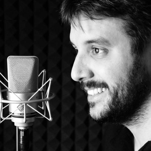 """Carlos Roca: """"Descubrí que había algo cercano y cálido al hablar a las personas desde el micrófono"""""""