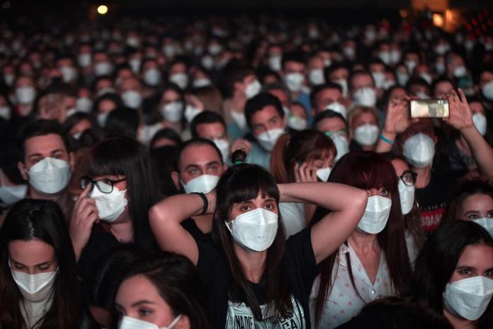 El concierto de Love Of Lesbian que dio esperanza a esta pandemia