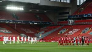 Minuto de silencio en homenaje a las víctimas de Hillsborough | Fuente: Twitter Real Madrid