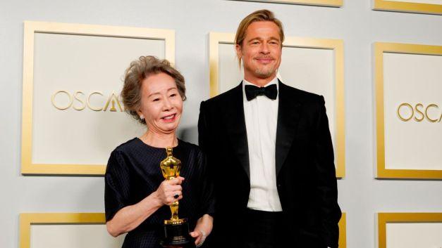 Chloe Zhao y 'Nomadland' hacen historia en los premios Oscars 2021