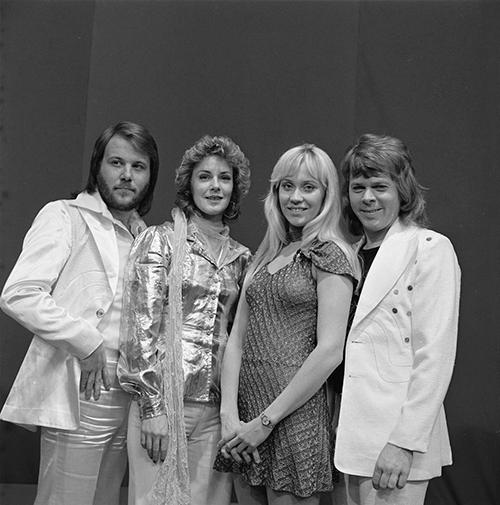 ABBA vuelve tras décadas de inactividad