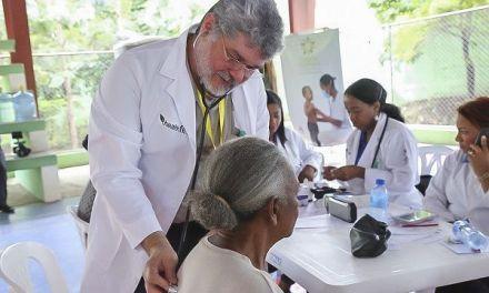 Despacho Primera Dama respalda por cuarto año jornada de salud. Brinda atención a 6 mil personas