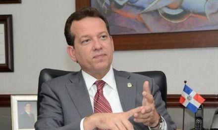 Ito Bisonó dice que su voto en el Congreso es a favor de las primarias simultáneas con padrón abierto