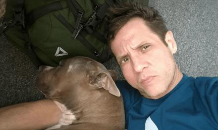 Arrestan hombre por acosar mujer con un pit bull