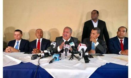 Dirigentes del PRD denuncian Miguel Vargas utiliza fondos públicos en etapa pre-convencional