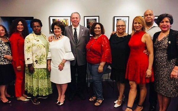 Comunidad dominicana en NY agasaja al ministro de Cultura, Eduardo Selman