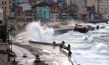Altas temperaturas afectan a océanos y aumentan fuerza tormentas tropicales