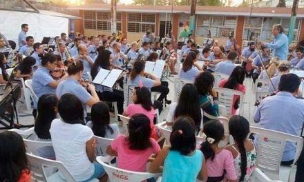 En México enfrentan violencia con música
