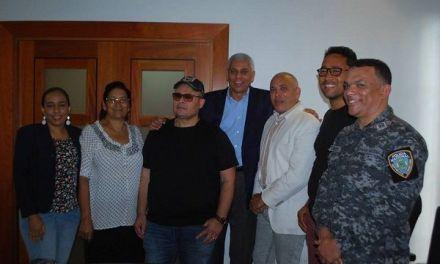 Comerciantes detallistas y de provisiones respaldan traslado mercado de los muertos; transportistas de San Cristóbal apoyan ejecutorias alcalde Nelson Guillen