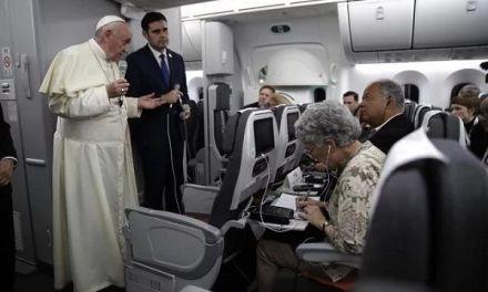 El papa dice le «asusta» un posible «derramamiento de sangre» en Venezuela