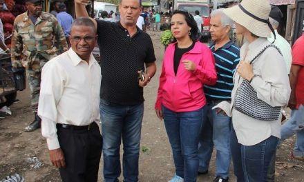 Pro Consumidor exige a los Ayuntamientos intervenir mercados donde impera desorden y suciedad