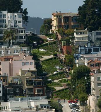 La calle más sinuosa del mundo en San Francisco cobrará 10 dólares a turistas