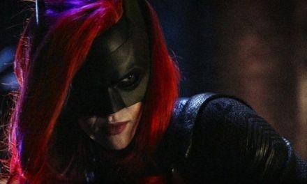 'Batwoman' confirma primera temporada y lanza teaser tráiler