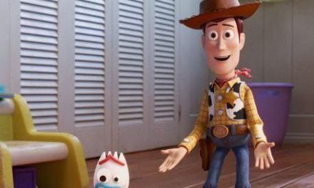 """Toy Story 4"" sigue arriba en la taquilla"