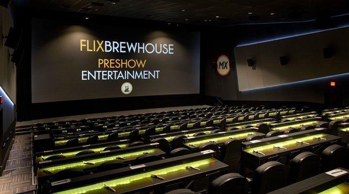 Dave Bautista se la lía a la empleada de un cine que no le dejó entrar a una sesión… ¿con razón?
