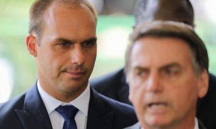 Un juez brasileño  emplaza a Bolsonaro para explicar nombramiento de su hijo
