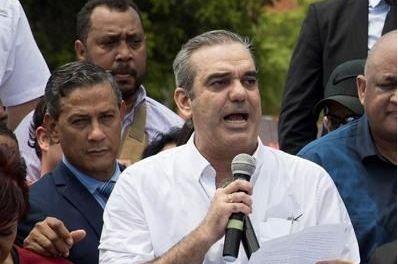 Abinader critica el sistema judicial