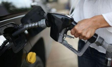 Las gasolinas y el gasoil bajan cerca de RD$8