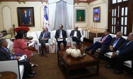 Presidente Danilo Medina pasa balance sobre avances sector salud