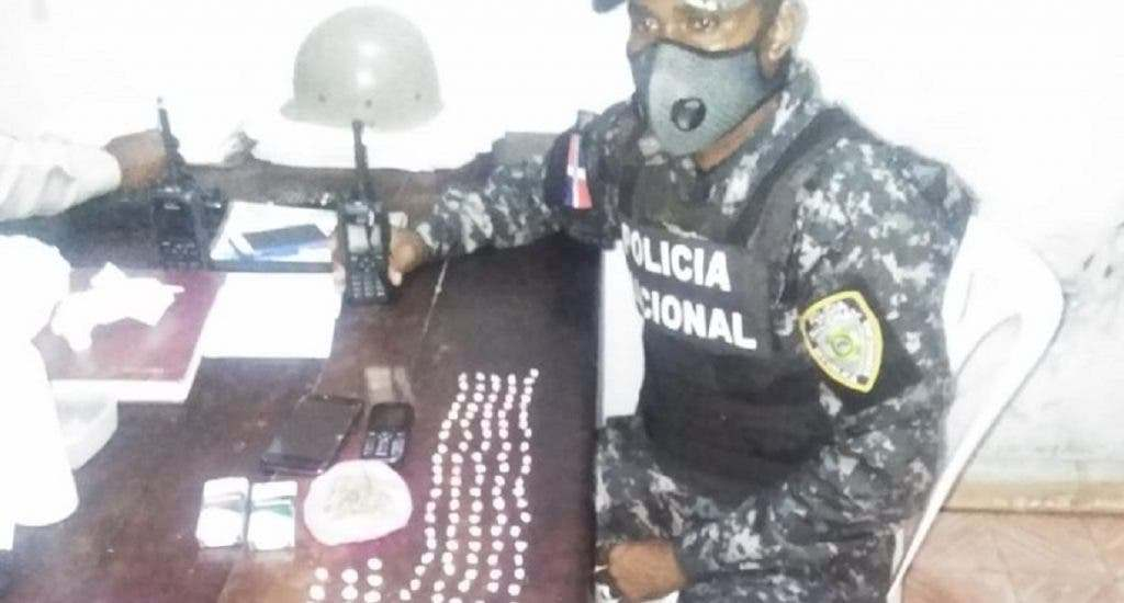 PN desmantela durante toque de queda alegado punto de drogas en Hato Mayor