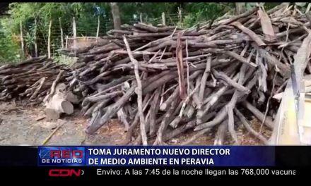 Juramentan nuevo director de Medio Ambiente en Peravia