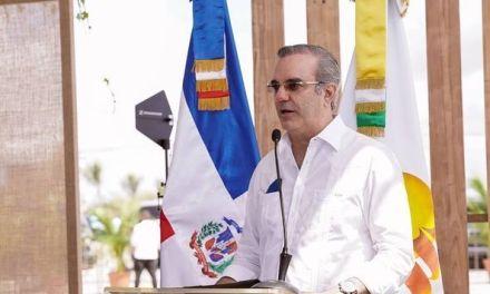 Abinader resalta dinamismo del turismo como fuente permanente de creación de empleos