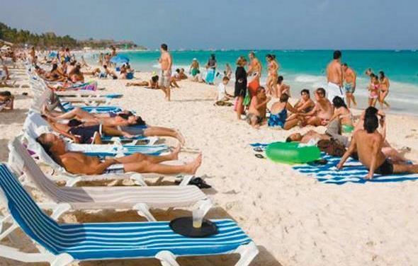 Se reduce turismo canadiense al país
