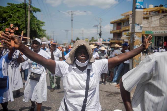 Haití rechaza la vacuna de AstraZeneca que le ofrece la OMS