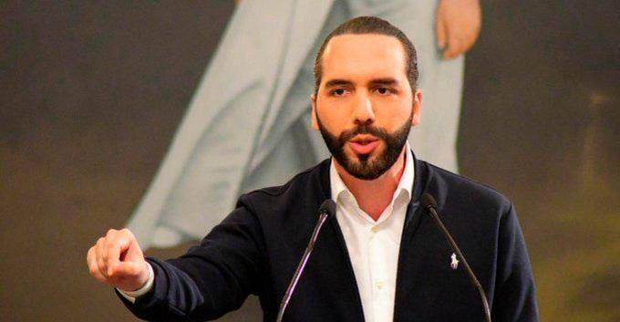 El Salvador: Bukele advierte que saldrán más funcionarios