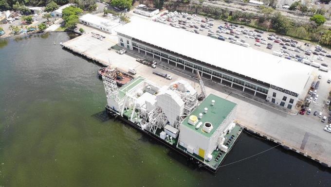 Medio Ambiente rechaza solicitud operación de dos barcazas generadoras de electricidad en el río Ozama