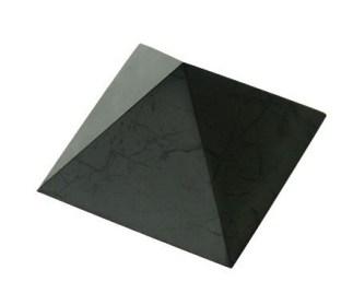Piramide_shungit