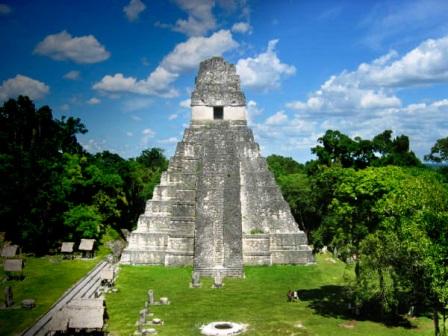 tikal-gran-jaguar-peten-ruina-maya-piramide-GEPIBLU