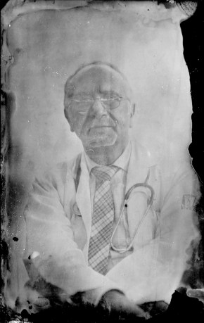 Dr. Juan Miguel Leon Maycote. Dottore mensa Padre Chava.