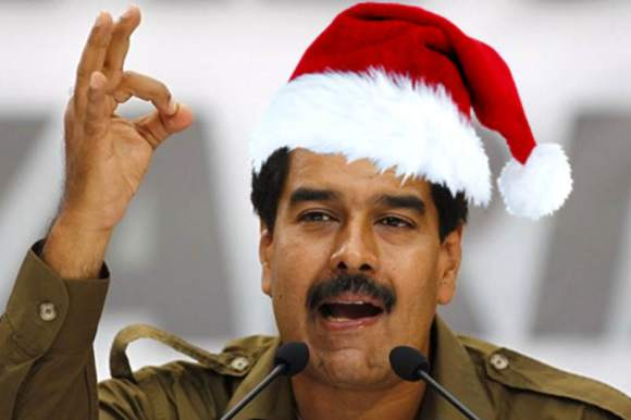 Navidades-Felices-con-Nicolas-Maduro-Venezuela-800x533