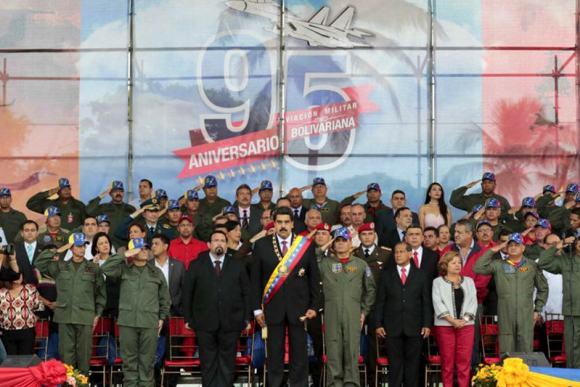 Maduro-Gobierno-alto-mando-militar-27n
