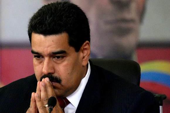Nicolas-Maduro-preocupado-02-16-2015-800x533-800x533