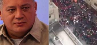 """[VIDEO] El """"gentío"""" que espera a Diosdado Cabello en Puerto La Cruz"""