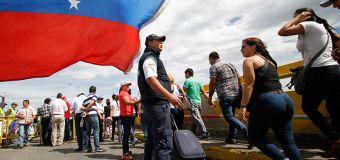 """5 testimonios de inmigrantes venezolanos que demuestran que salir de Venezuela """"no es tan fácil"""""""