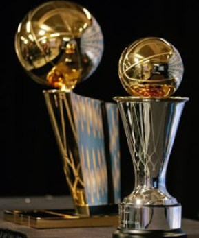 Trofeo Larry O'Brien y Bill Russell