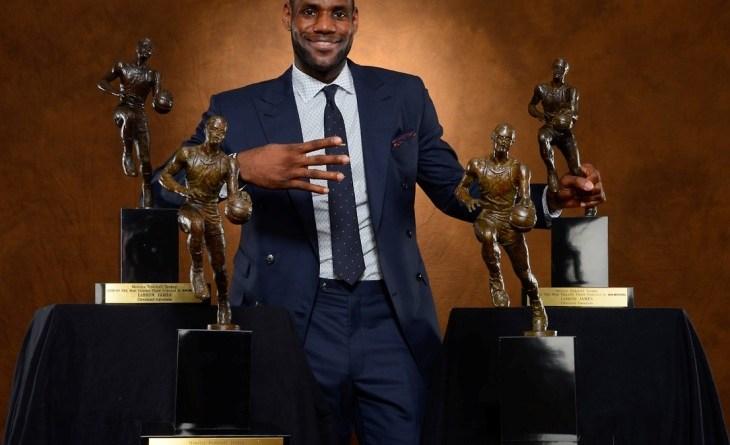 Lebron 4 veces MVP y 3 Veces Campeones NBA
