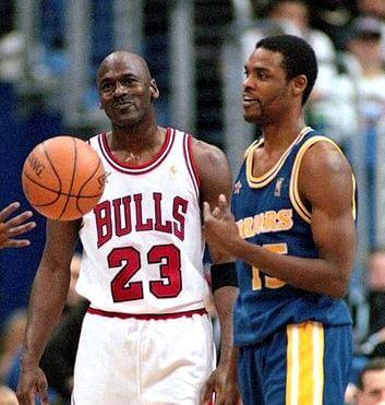 Michael Jordan y Latrell Sprewell