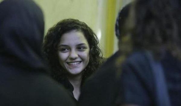 الناشطة الحقوقية سناء سيف