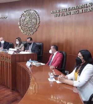Comisión de Transparencia con titular de CEGAIP