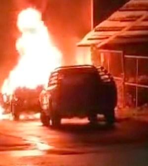 """Incendian camioneta de la coalición """"Si por Tanlajás"""""""