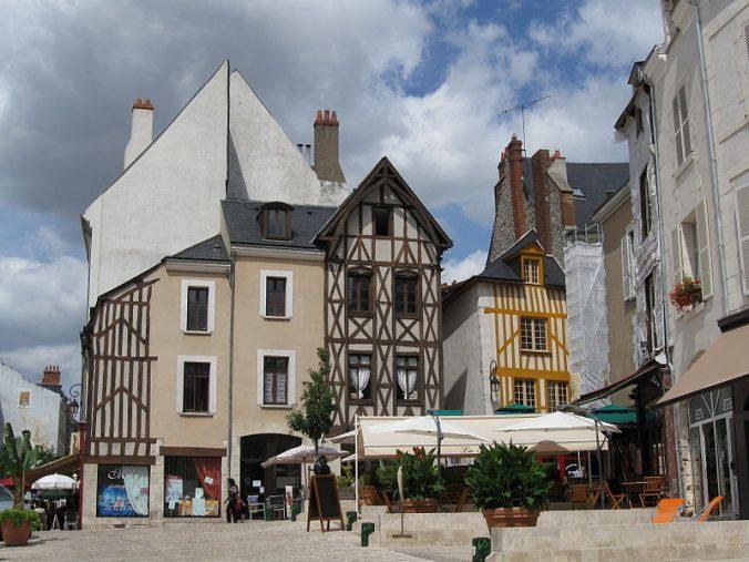 800px-Orléans_place_du_Châtelet_1 Foto Croquant