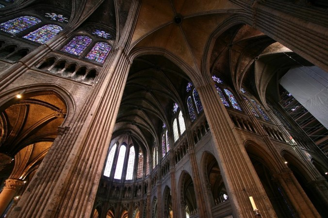 Chartres-Interior-8-2011