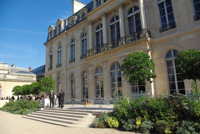 Façade palais de l'Élysée jardin photo Leurent.t