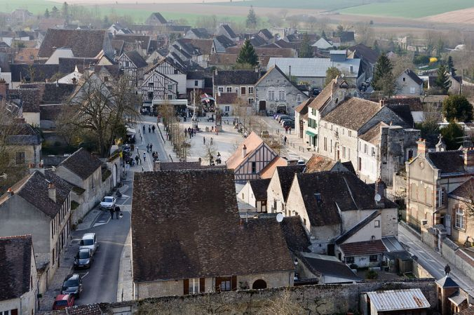 Provins ville-haute Place du Chate l- Photo myrabella